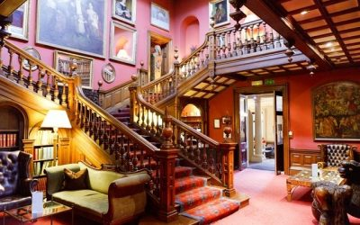 4 Fabulous Staircases that scream 'look at me!'